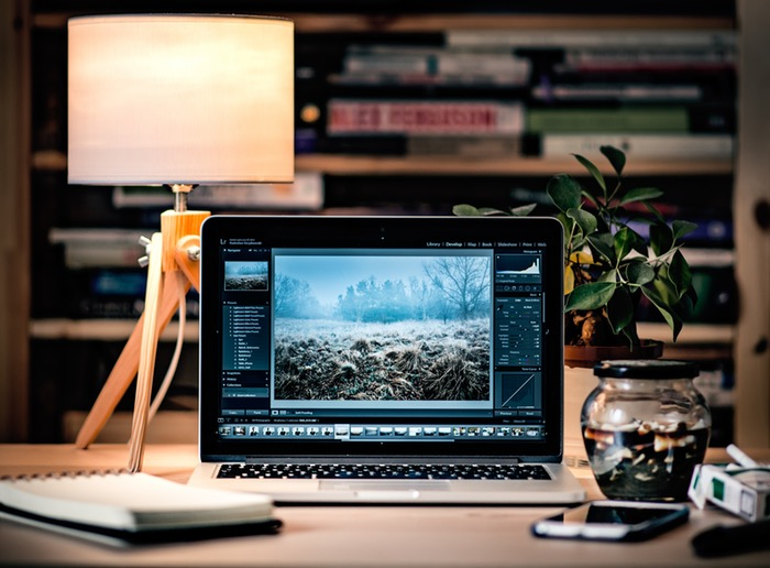 4 Ways To Make Your Work Space Conducive To Writing