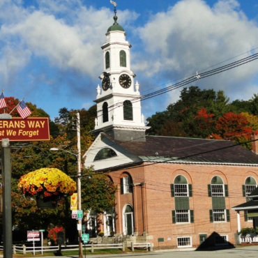18 Beautiful Small Towns In The USA (Because Cities Suck)